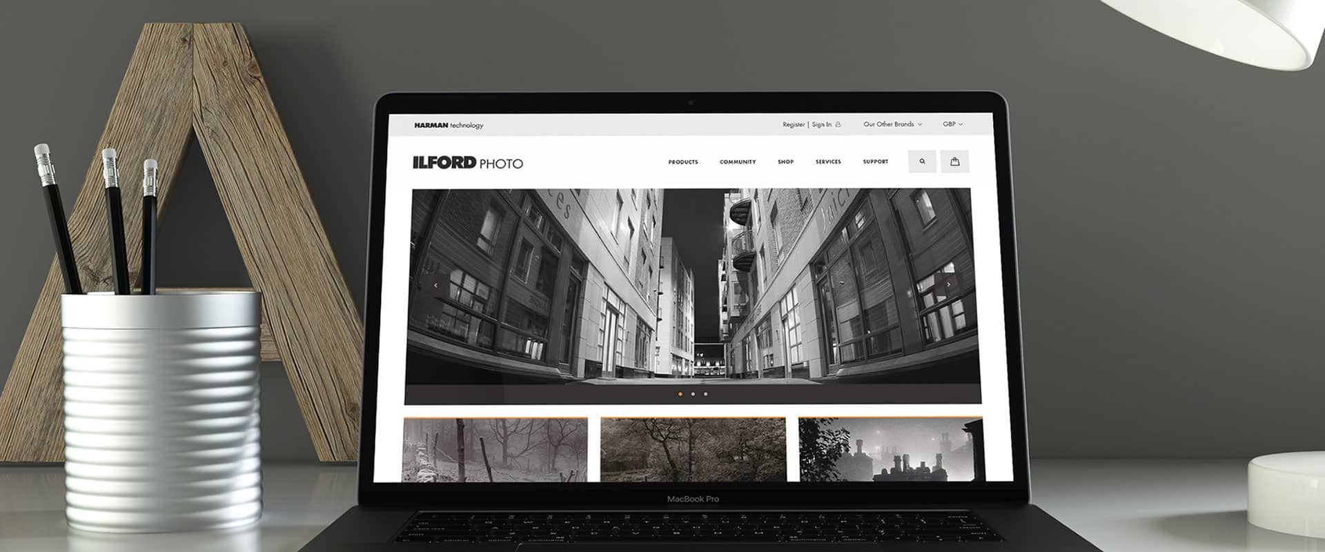 Ilford Photo website demonstrated on a laptop